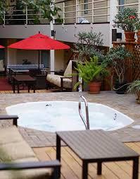 a comfortable avon co hotel christie lodge