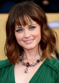hi light fringe hairstyles how to 30 best hairstyles for big foreheads herinterest com