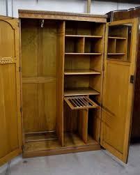 Wardrobe With Shelves by Best 25 Oak Wardrobe Ideas On Pinterest Wooden Wardrobe Closet