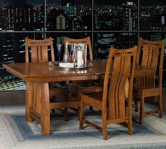 amish table and chairs indiana amish owen table 4 chairs walker s furniture dining 5