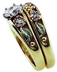 Black Hills Gold Wedding Rings by Custom Wedding Rings With Yellow Rose And Green Gold Bijoux