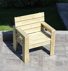 How To Build Pallet Patio Furniture by How To Make Garden Furniture Zandalus Net