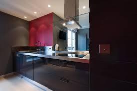hotte cuisine ouverte cuisine ouverte avec hotte design suspendue