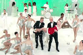Christmas Movies On Netflix The New Trailer For Bill Murray U0027s Holiday Special Stars George