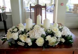 wedding flowers birmingham top table flowers creams greens bouvardia hydrangesa