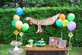 dinosaur birthday party diy dinosaur themed birthday party