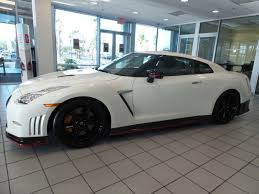 nissan gtr nismo hp autonation find of the week 2016 nissan gt r nismo autonation