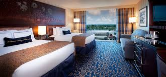 chambre disneyland hotel what s disneyland hotel disneyland resort