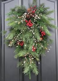 pine garland pinecones decorating