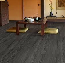 floating vinyl plank flooring concrete