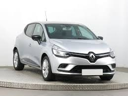 clio renault 2017 used renault clio 2017 0 9 tce 16335km abs air conditioning aaa