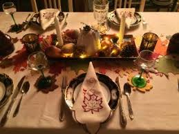 a european thanksgiving les deux petits cochons