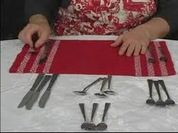 How To Set Silverware On Table How To Set The Table For Christmas Dinner Silverware Placement
