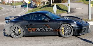 cayman porsche gt4 2018 porsche 718 cayman gt4 spied photos 1 of 4