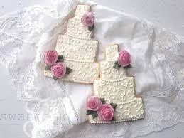 wedding cake cookies wedding cake cookies with wafer paper rosessweetambs