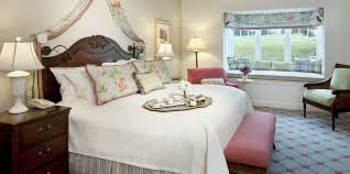 colorado springs rental homes u0026 cottages at the broadmoor