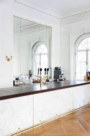 idee deco bar deco salon avec bar cuisine ouverte ou semi avec verri re bar