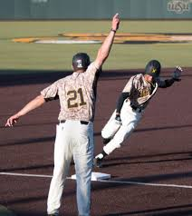 wsu u0027s late inning surge seals series win over evansville u2013 the