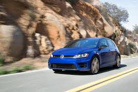 volkswagen bora 2016 2015 volkswagen golf r 4motion all wheel drive system fights