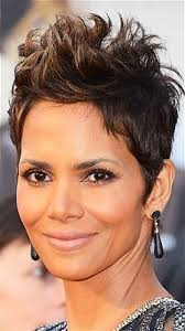 harry berry hairstyle the best hairstyles at the golden globes halle berry and short hair