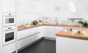 cuisine blanche laqué cuisine blanc laque plan travail bois de noir 33 lzzy co