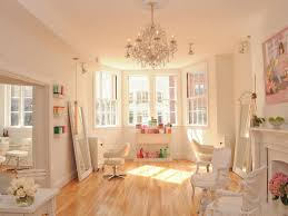 lighten up with highlights at these five downtown salons