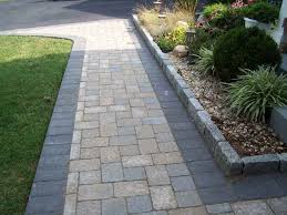 Flagstone Walkway Design Ideas by Walkways And Paths Invite Us To Interact With Our Gardens How To
