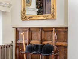 Entrance Hall Table by Tickton Hall Ref Ukc1006 In Beverley Yorkshire English