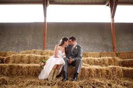 wanna have some fun at your wedding check these country wedding