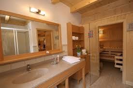 Brauntone Wohnung Elegantes Beispiel Indien Beispiel Badezimmer Chalet Type B