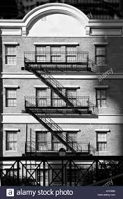 old 1930s style new york city apartment building three story