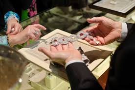 betteridge jewelers will move next month greenwichtime