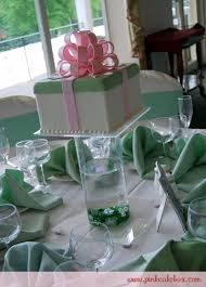 cake centerpiece gift box wedding cake centerpieces wedding cakes