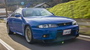 cars nissan skyline the r33 nissan skyline gt r definitely doesn u0027t drive like a failure