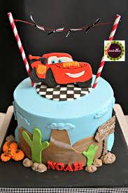 lightning mcqueen birthday cake cars lightning mcqueen birthday cake cake by miettes cakesdecor