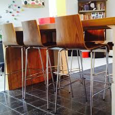 tabouret de cuisine 4 pieds tabouret haut kwatro bois blanc sur 4 pieds tabouret design