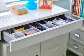 How To Organize Desk Tips To Efficiently Organize Your Desk Drawers Apartment Therapy