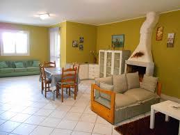 accommodation solarino italy 5 villas holiday houses region of