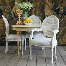 eye for design decorating with french provincial white cane furniture