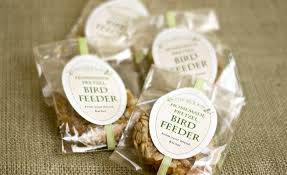 bird seed wedding favors diy bird feeder gift favor ideas from evermine
