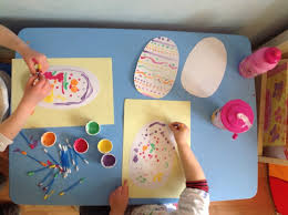 easter egg decorating tips q tip easter egg decorating clare s tots
