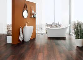 badezimmer laminat laminat fürs bad laminatboden im badezimmer verlegen