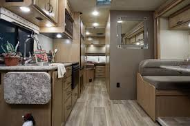 country coach floor plans thor motor coach reveals exciting floor plans in louisville thor