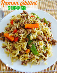 petites cuisines am ag s hamburger ramen noodle skillet supper the country cook
