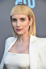 hairstyles for 46 year old women emma roberts debuts new edgy look at the critics choice awards