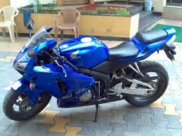 cvr bike honda cbr 600 spotted in borivali team bhp