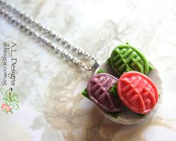 round plate necklace images Fantasy and food necklaces jpg