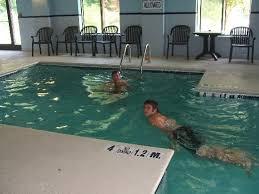 Comfort Inn And Suites Chattanooga Tn Indoor Pool Picture Of Comfort Inn U0026 Suites Lookout Mountain