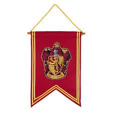 gryffindor crest banner harry