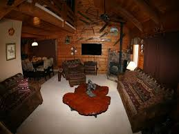 cozy traditional log cabin with gas fireplace close to wolf creek